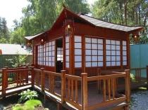 Беседка-пагода из дерева