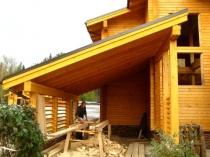Строительство навеса из дерева с односкатной крышей