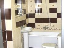 Компактное размещение сантехники в санузле