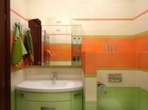 Зонирование помещения санузла при помощи перегородки