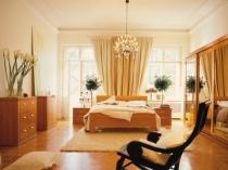 Дизайн спальни в бежево-коричневых тонах