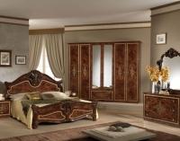 Классическая итальянская мебель в интерьере спальни