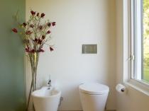 Туалетная комната в стиле японского минимализма