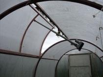 Большая форточка теплицы с механизмом автоматического открывания