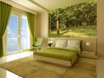 Фотообои с изображением леса для спальни в эко стиле