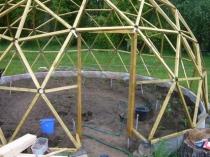 Строительство деревянного каркаса для купольной теплицы