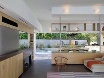 красивая кухня-столовая
