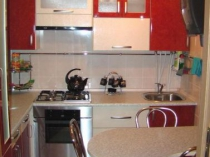 маленькая кухня-столовая