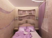 Декоративные ниши с подсветкой в маленькой спальне