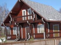 Деревянный балкон масарды
