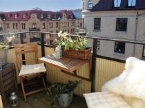 Откидной столик и складная мебель для открытого балкона