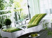 Плетеный топчан для балкона