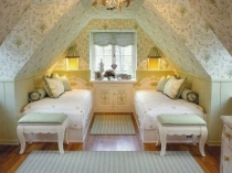 Мебель для спальни на мансарде