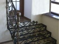 Оригинальная кованая лестница