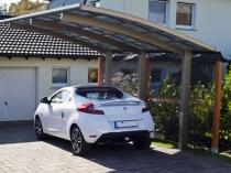 Консольная конструкция навеса для машины перед гаражом