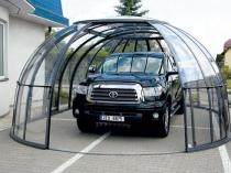 Закрытый гаражный навес сферической формы из поликарбоната