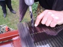 Крепление сотового поликарбоната на крышу навеса