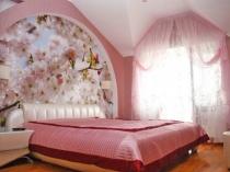 фото спальни в мансарде
