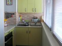 Кухонный гарнитур на лоджии