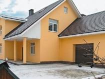 Штукатурка и покраска стен и колон частного дома