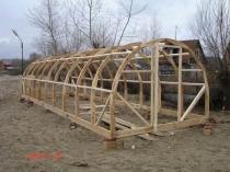 Готовый деревянный каркас для постройки дачной теплицы