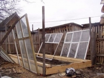 Оконные рамы для постройки дачной теплицы