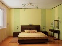 Косметический ремонт спальни с поклейкой обоев в полоску