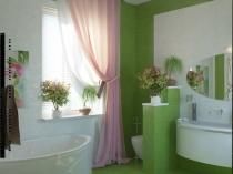 Использование ярких цветов в интерьере санузла