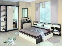Шкаф с подсветкой фасада для спальни в стиле модерн