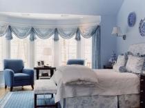 Дизайнерские шторы в цвет декора спальни