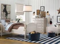 Обшивка стен подростковой спальни вагонкой