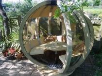 Беседка сферической формы