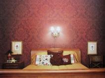 тканевые обои в спальне