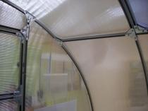 Крепежные элементы для качественной сборки поликарбонатной теплицы