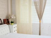 Двухцветная занавеска из кисеи в дизайне спальни