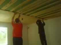 как монтировать вагонку на потолок