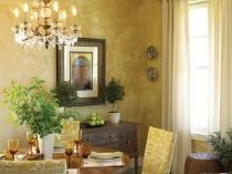 Декорирование стен традиционной столовой венецианской штукатуркой