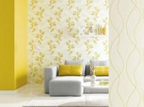 Комбинирование желтых и белых с рисунком обоев