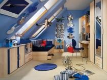 подростковая мансардная комната