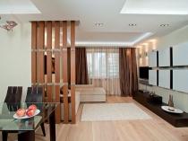 Решетчатая перегородка для зонирования спальни-гостиной