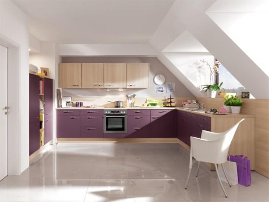 Кухня в мансардном этаже