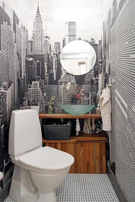 Фотообои в интерьере туалетной комнаты