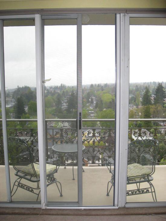 Раздвижные двери для французского балкона