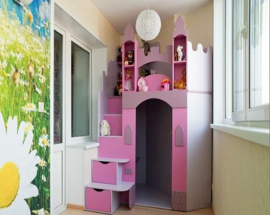 Размещение детской комнаты на балконе