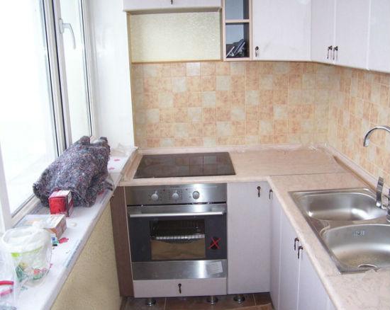 Переделка балкона в кухню