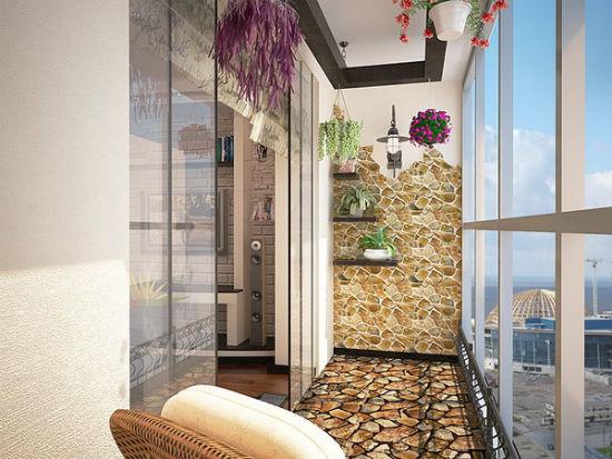 Дизайн балкона с применением декоративного камня и штукатурки