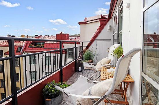 Легкая складная мебель из ткани для балкона