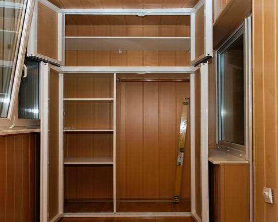 Переделка балкона в гардеробную