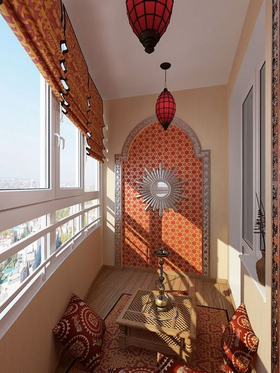 Балкон, оформленный в восточном стиле