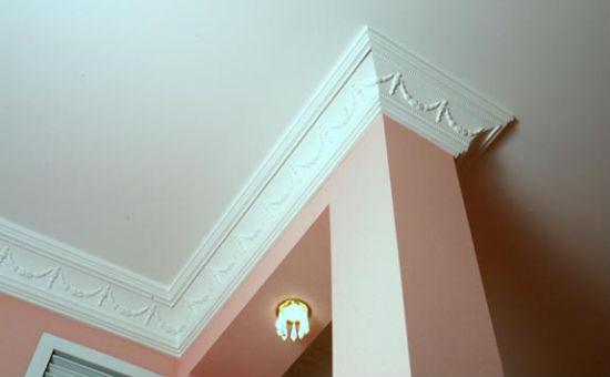Пенопластовый плинтус для потолка